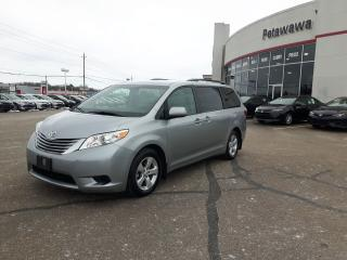 Used 2015 Toyota Sienna LE 8 PASSENGER for sale in Ottawa, ON