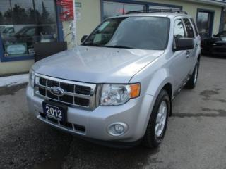 Used 2012 Ford Escape FUEL EFFICIENT XLT MODEL 5 PASSENGER 2.5L - DOHC.. 4WD.. SYNC TECHNOLOGY.. KEYLESS ENTRY.. CD/AUX/USB INPUT.. for sale in Bradford, ON