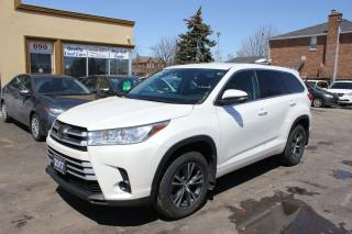 Used 2017 Toyota Highlander LE AWD for sale in Brampton, ON