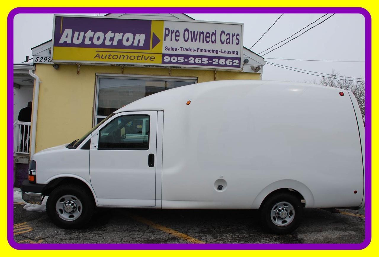 2010 Chevrolet Express 3500 1 Ton Unicell Body Bubble Van