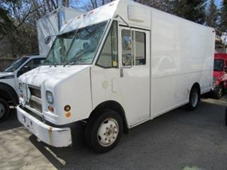 Used 2006 Freightliner MT55 CUMMINS DIESEL 14 FT STEP VAN for sale in Richmond Hill, ON