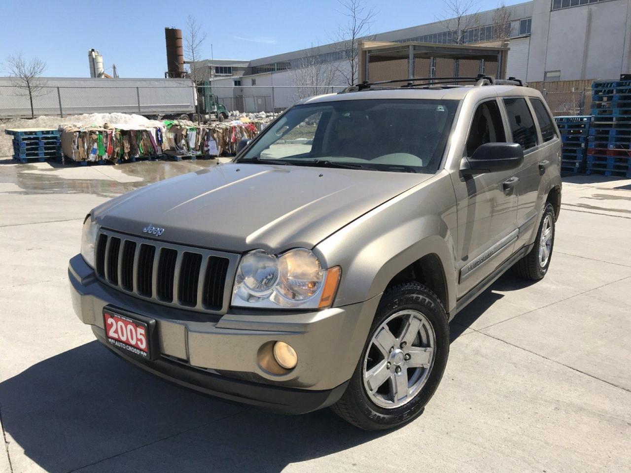 2005 Jeep Grand Cherokee 4x4, Leather Sunroof, Auto, Low km