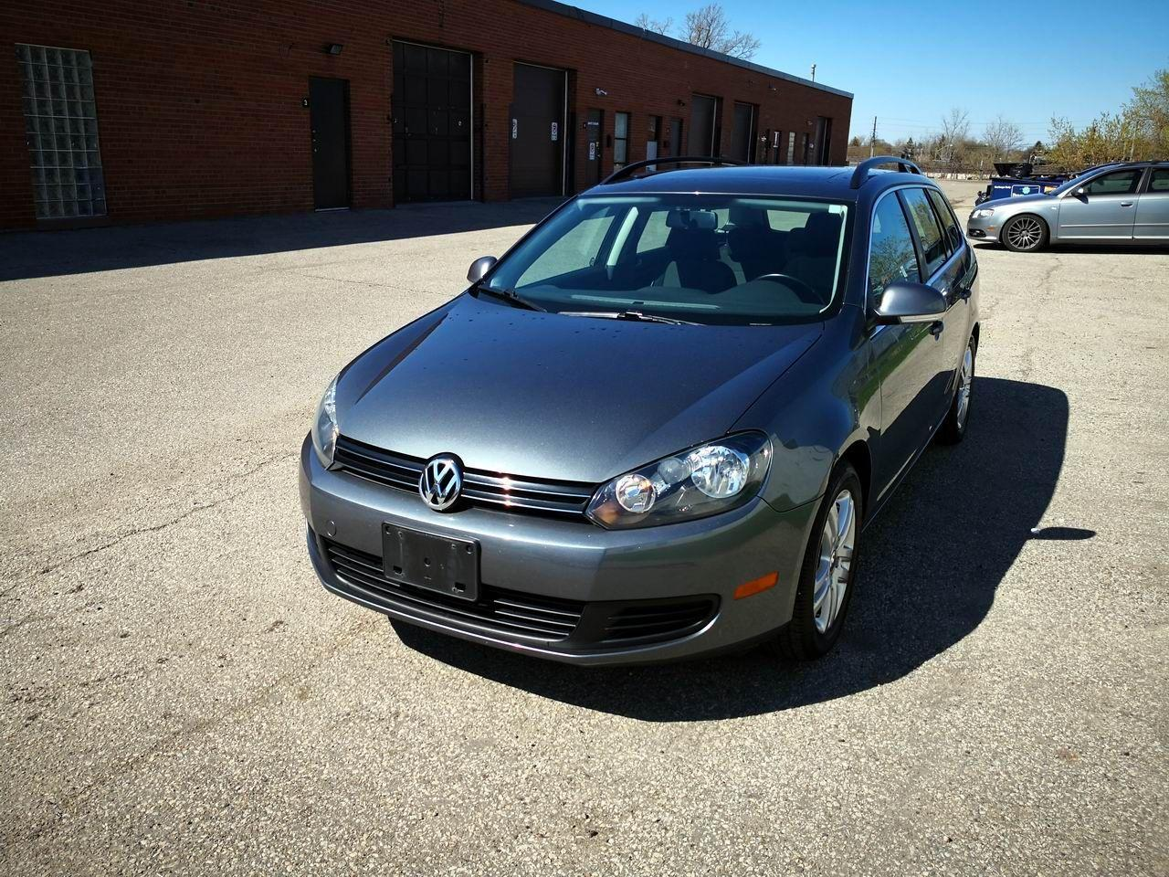 Photo of Grey 2010 Volkswagen Golf Wagon