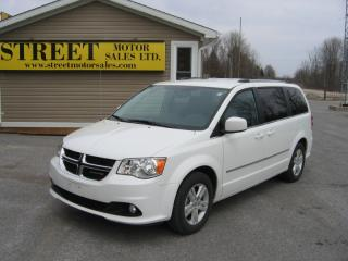 Used 2017 Dodge Grand Caravan Crew Stow&Go for sale in Smiths Falls, ON