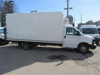 Used 2014 GMC Savana 3500 GAS 16 FT REFRIDGERATED CUBE VAN for sale in Richmond Hill, ON