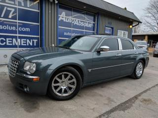 Used 2005 Chrysler 300 HEMI for sale in Boisbriand, QC