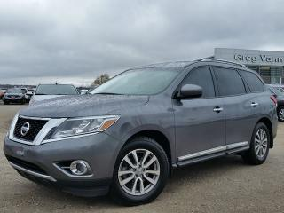 Used 2016 Nissan Pathfinder SL 4WD w/all leather,NAV,climate control,rear cam,front-rear heated seats for sale in Cambridge, ON