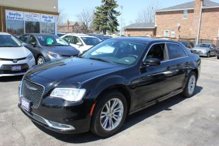 Used 2017 Chrysler 300 Touring Navi Panorama Roof for sale in Brampton, ON