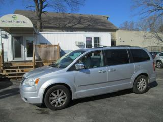 Used 2009 Chrysler Town & Country TOURING for sale in Scarborough, ON