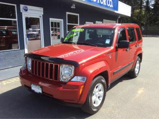 Used 2010 Jeep Liberty Sport for sale in Parksville, BC