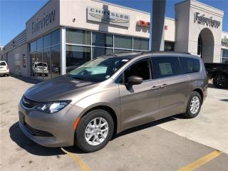 Used 2017 Chrysler Pacifica LX. Back up Camera for sale in Burlington, ON