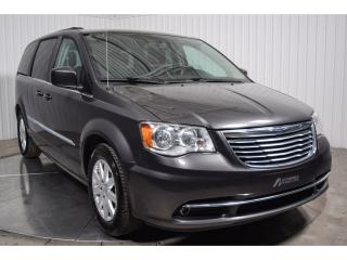 Used 2016 Chrysler Town & Country En Attente for sale in Saint-hubert, QC