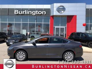 Used 2015 Chrysler 200 LX, 1 OWNER, ACCIDENT FREE ! for sale in Burlington, ON