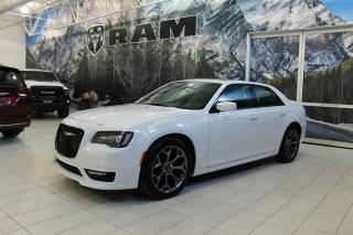 Used 2017 Chrysler 300 300S CUIR PANO NAV BLUETOOTH for sale in Laval, QC