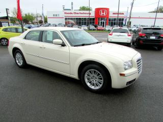 Used 2008 Chrysler 300 300 TOURING **79 399 KM** for sale in Quebec, QC