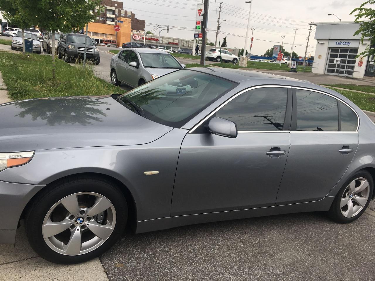 Photo of Gray 2005 BMW 5 Series