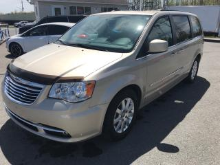 Used 2013 Chrysler Town & Country TOURING for sale in Cornwall, ON