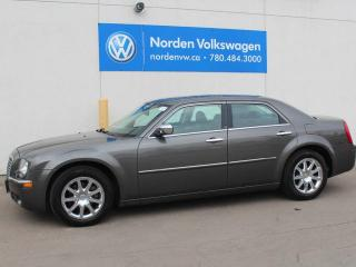 Used 2010 Chrysler 300 LIMITED - HEATED LEATHER SEATS - POWER SUNROOF for sale in Edmonton, AB