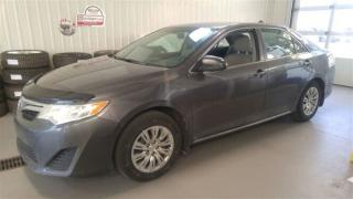 Used 2014 Toyota Camry LE for sale in Gatineau, QC