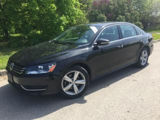 Used 2012 Volkswagen Passat 2.5L Auto Comfortline,leather,sunroof for sale in Mississauga, ON