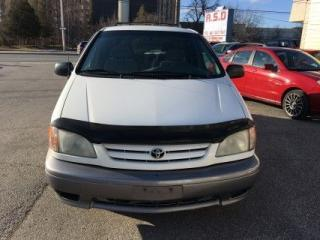 Used 2002 Toyota Sienna LE for sale in Scarborough, ON