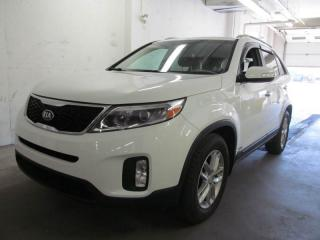 Used 2014 Kia Sorento LX for sale in Dartmouth, NS