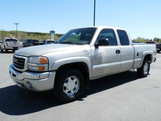 Used 2004 GMC Sierra 1500 SLE KING CAB 4X4 V8 5,3L for sale in Vallee-jonction, QC