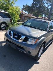 Used 2005 Nissan Pathfinder LE for sale in Toronto, ON
