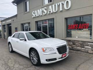 Used 2011 Chrysler 300 C 300C LIMITIED PANO LEATHER NAV for sale in Hamilton, ON