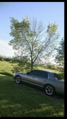 Used 1999 Ford Crown Victoria Silver for sale in Oshawa, ON