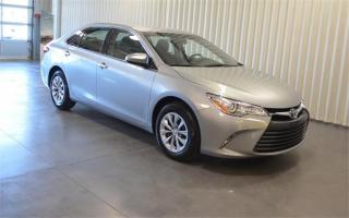 Used 2015 Toyota Camry LE-BACK UP CAM-FACTORY WARRANTY** for sale in York, ON