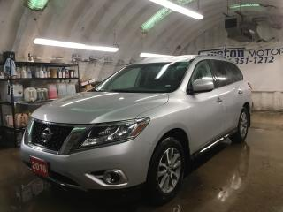 Used 2016 Nissan Pathfinder SV*4WD*7 PASSENGER*PHONE CONNECT*BACK UP CAMERA*HEATED FRONT SEATS*POWER DRIVER SEAT*HEATED STEERING WHEEL*POWER REAR LIFT GATE*TOW MODE*TRI ZONE CLIM for sale in Cambridge, ON