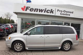 Used 2009 Chrysler Town & Country Touring Wagon for sale in Sarnia, ON