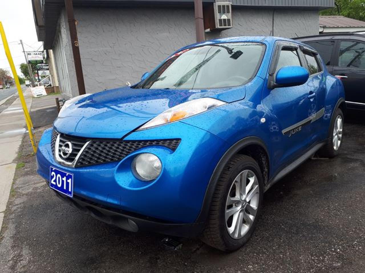 Photo of Blue 2011 Nissan Juke