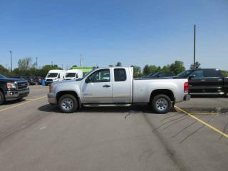 Used 2011 GMC SIERRA SL EXT CAB RWD for sale in Cayuga, ON