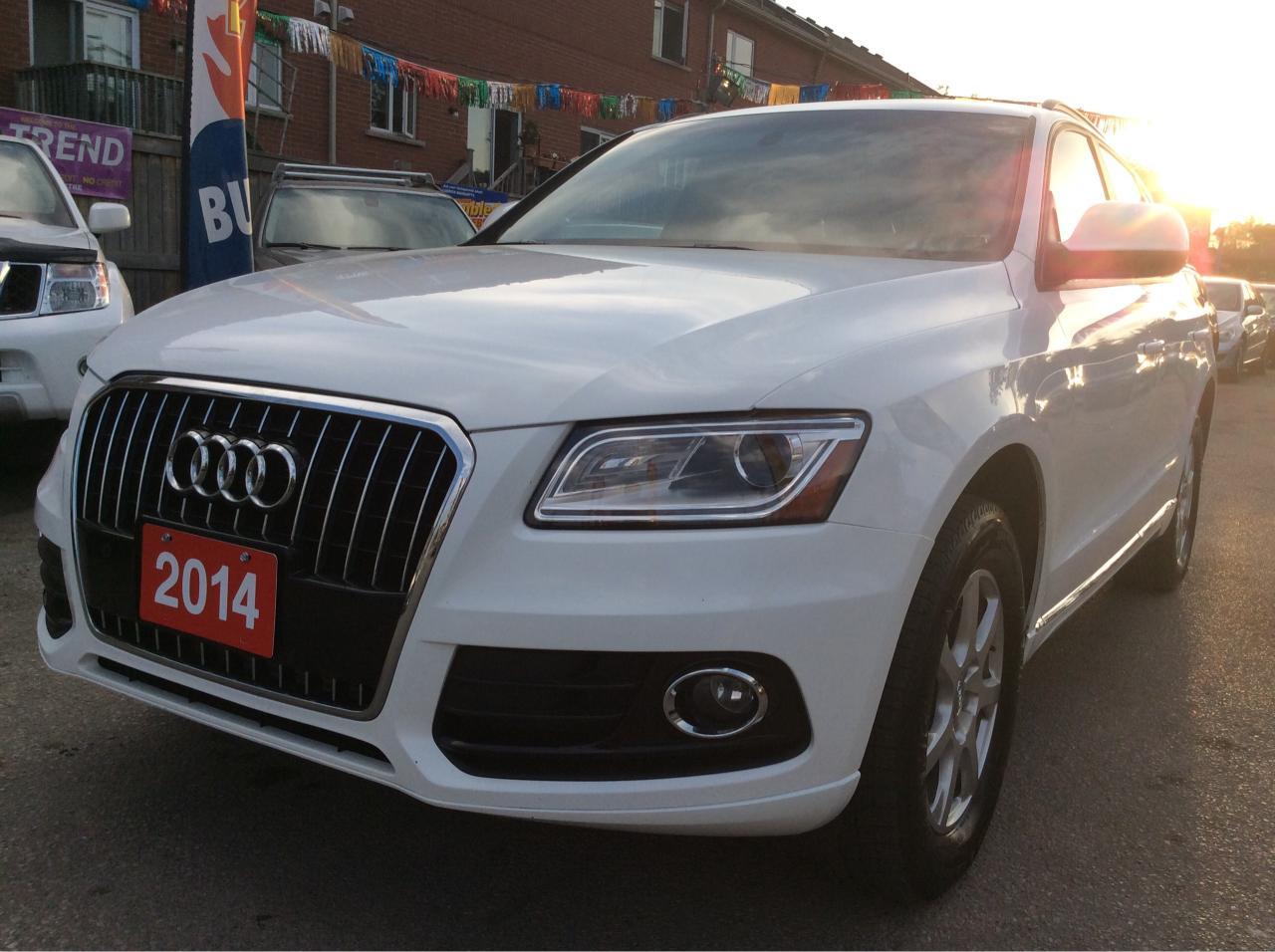 2014 Audi Q5 2.0L Komfort/AWD/Alloys/Power Seats/Backup Sensor