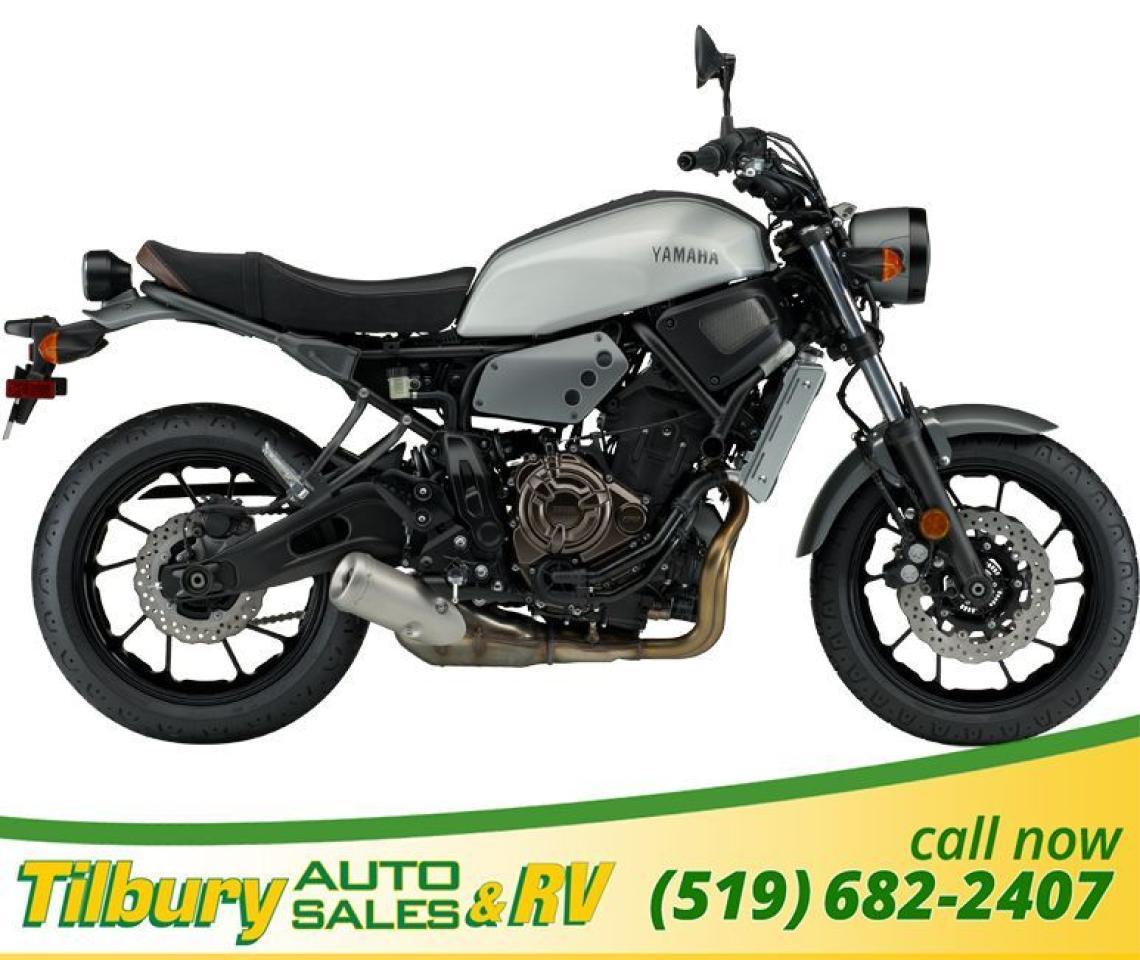 2018 Yamaha XSR700 MATTE GRAY METALLIC