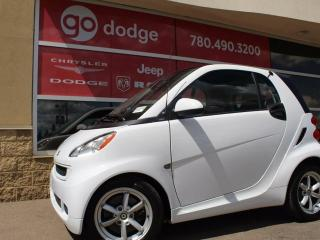 Used 2011 Smart fortwo Pure / Heated Front Seats / Moonroof for sale in Edmonton, AB