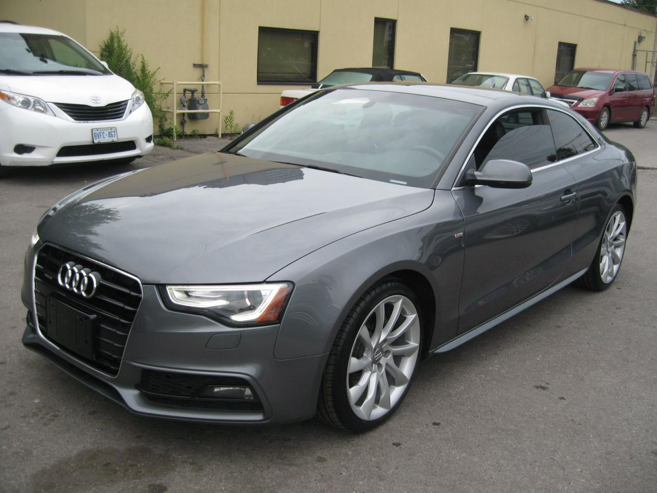 Photo of Gray 2014 Audi A5