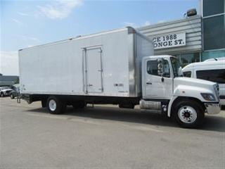 Used 2018 Hino 338 DIESEL 26 FT MULTIVAN ALUMINUM BOX for sale in Richmond Hill, ON