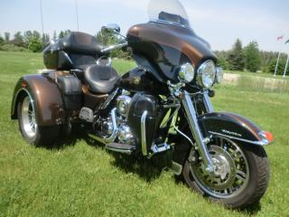 Used 2013 Harley-Davidson Tri-Glide FLHTCUTG  TRI-GLIDE ULTRA for sale in Blenheim, ON