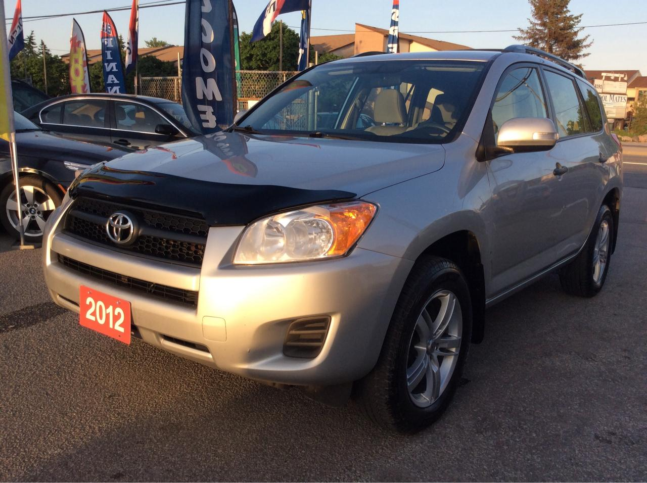 2012 Toyota RAV4 2.5L 4Cyl./4WD/Bluetooth/AUX input/Alloys