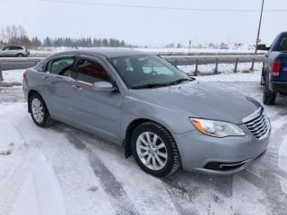 Used 2013 Chrysler 200 Touring for sale in Lévis, QC