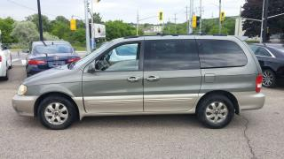 Used 2005 Kia Sedona EX for sale in Kitchener, ON