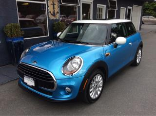 Used 2016 MINI Cooper LIKE NEW for sale in Parksville, BC