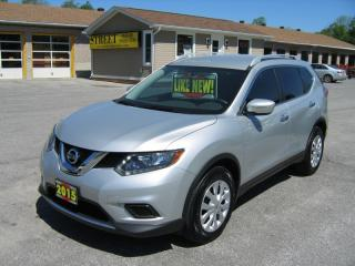 Used 2015 Nissan Rogue S  FWD BACK UP CAMERA for sale in Smiths Falls, ON