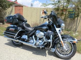 Used 2009 Harley-Davidson ULTRA CLASSIC FLHTCU Electra Glide Ultra Classic for sale in Blenheim, ON