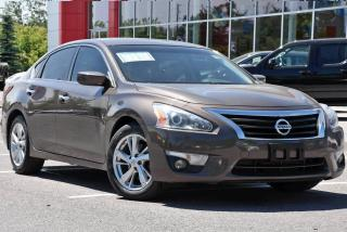 Used 2014 Nissan Altima 2.5 for sale in Ajax, ON