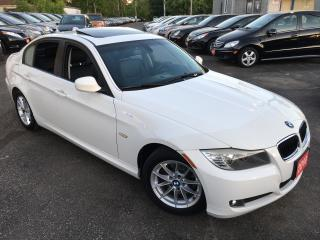 Used 2010 BMW 3 Series 323i/ LEATHER/ SUNROOF/ ALLOYS/ LIKE NEW! for sale in Scarborough, ON