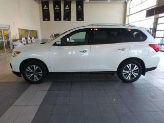 Used 2017 Nissan Pathfinder SL for sale in Red Deer, AB